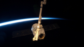 SpaceX Dragon Successfully Docks at International Space Station