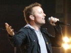 Chris Tomlin Sings at Concert