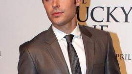 Zac Efron Attends Movie Premiere