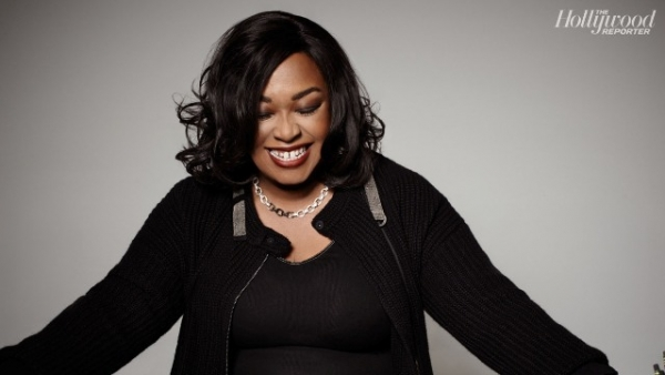 shonda rhimes interviews 39 grey 39 s anatomy 39 creator opens up about new 39 romeo and juliet 39 sequel. Black Bedroom Furniture Sets. Home Design Ideas