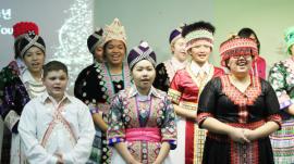 Hmong Korean Christmas worship