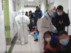 Wuhan's pneumonia is spreading across China, prompting a wave of suspicious people to hospitals.