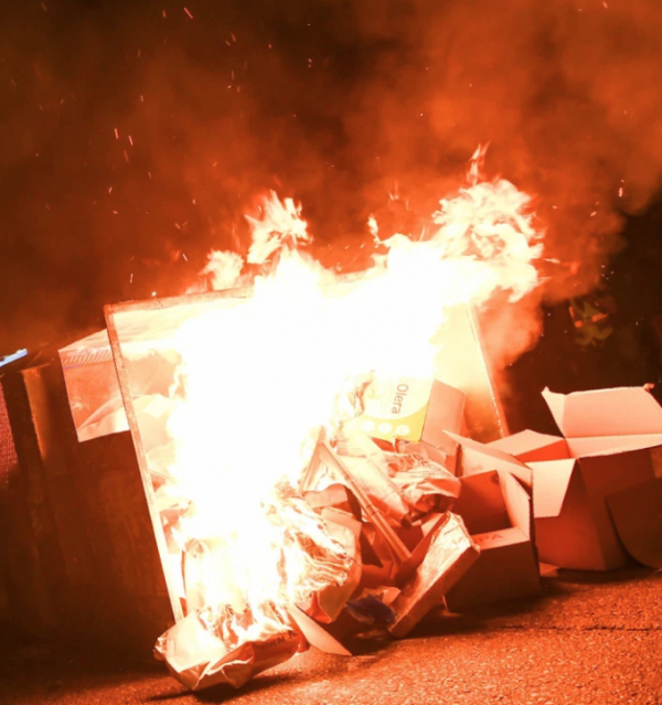 The Portland Mayor warns that rioters who set the police stations on fire are 'attempting murder.'