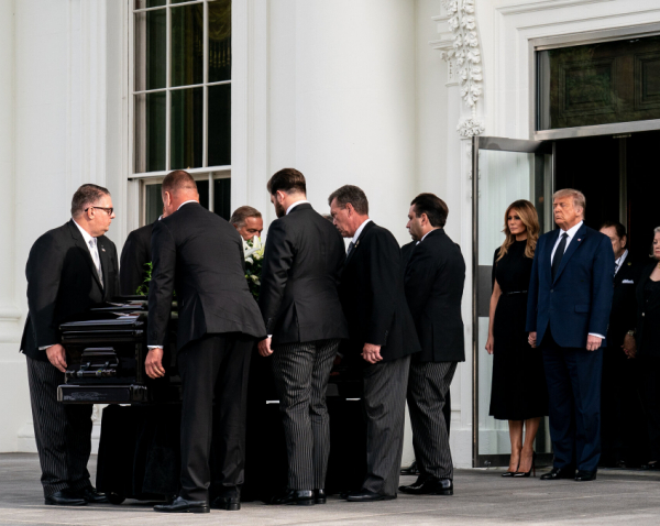 Robert Trump's last goodbye at The White House.