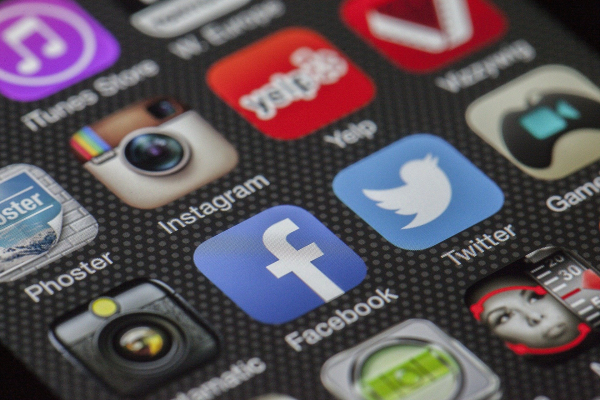 Most Americans believe social media companies censor political viewpoints