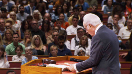 John MacArthur's new trial is expected to extend to 2021.