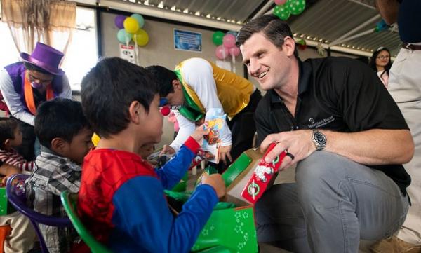 Edward Graham helped distribute Operation Christmas Child shoebox gifts in Ecuador (Courtesy of Samaritan's Purse / 2019)