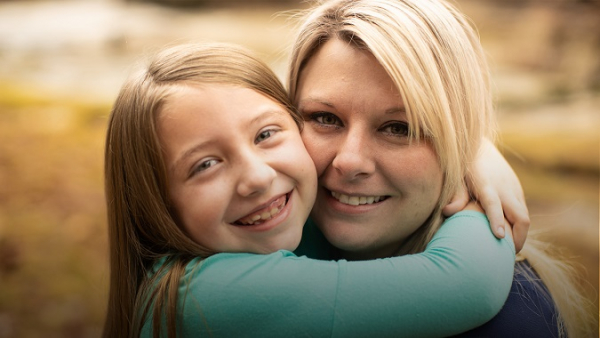 Lydia Booth and mom Jennifer Booth