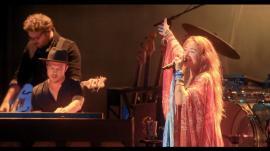 "Lauren Daigle singing ""Tremble"" live in 2019"